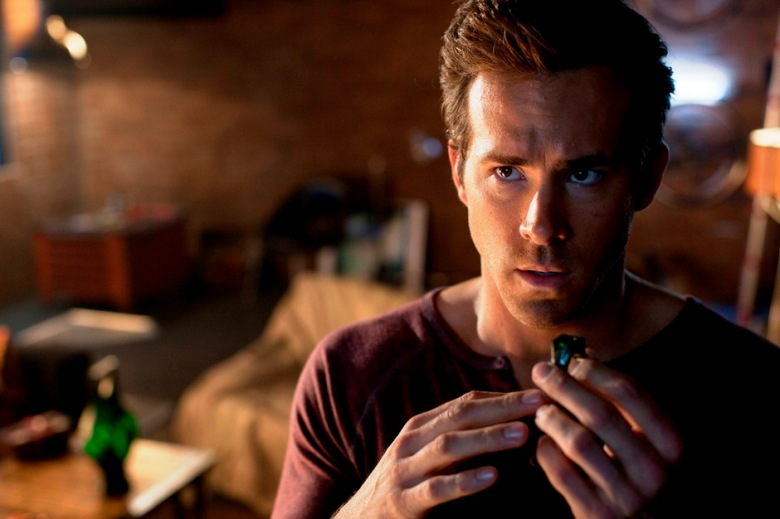 Even Ryan Reynolds doesn't think he'd make a good Green Lantern.