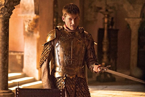 Photo of the character Jaime Lannister, a handsome one-handed man in armor with a sword.