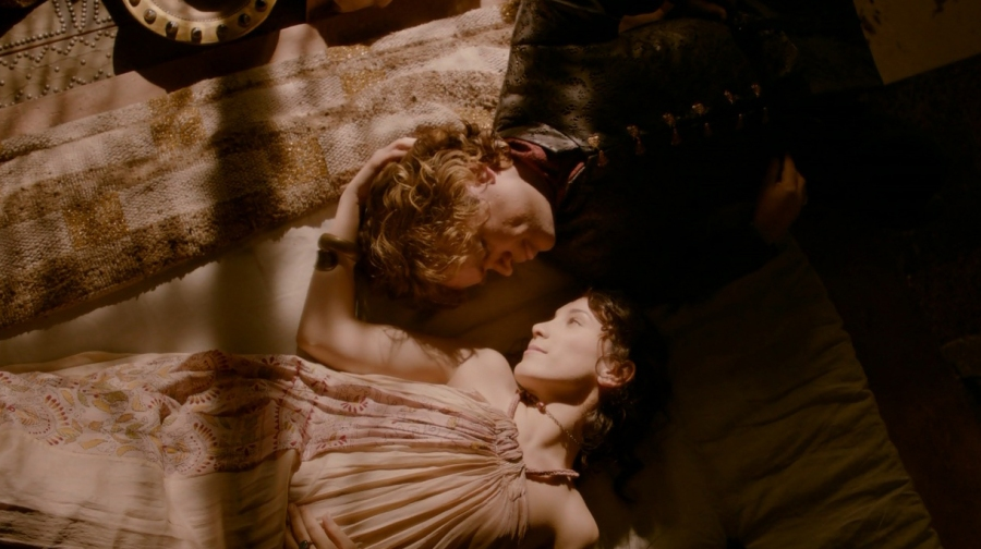 Shae and Tyrion in happier times.  *sob*