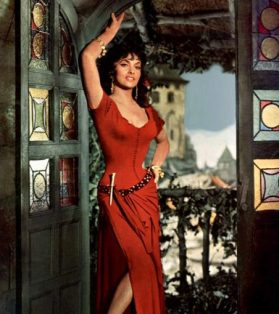 Gina Lollobrigida as Esmeralda in Hunchback of Notre Dame (1956)
