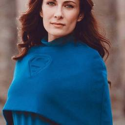 Laura Benanti as Alura Zor-El and Astra In-Ze