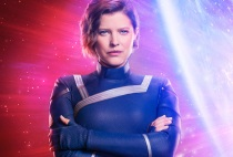 Holy crap, they actually made Lyla Harbinger for the Crisis!