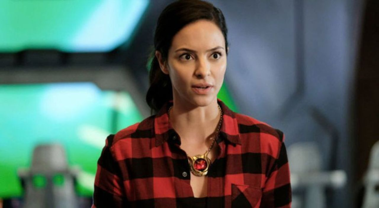 The Middle Geeks Episode 10: Character Spotlight on Zari of 'Legends of Tomorrow'